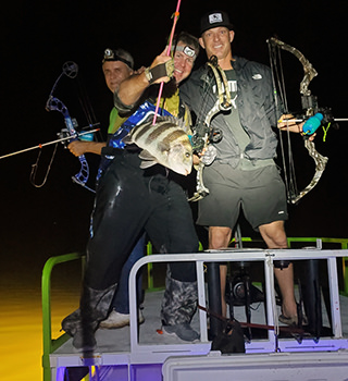 Night bowfishing charters with Florida Inshore Xtream.